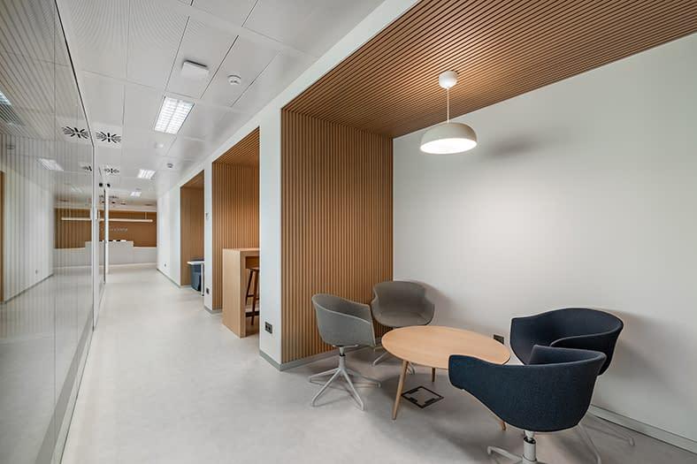 Diseño, reforma e implantación de oficinas en Madrid (10)