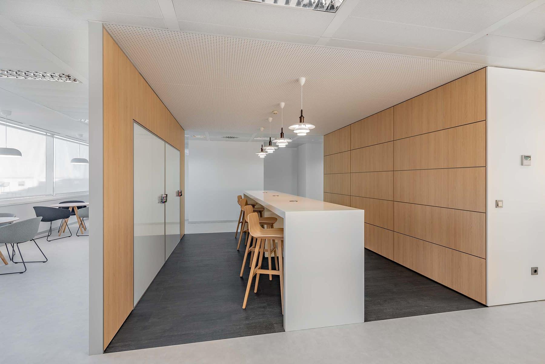 Reforma e implantación de oficinas en Madrid (2)