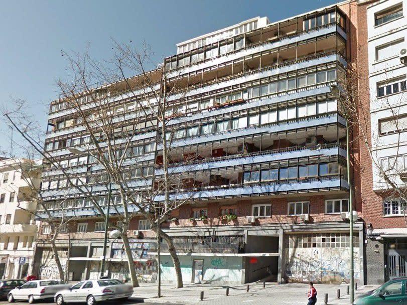 Fachada rehabilitación de edificio de uso mixto en Arganzuela, Madrid