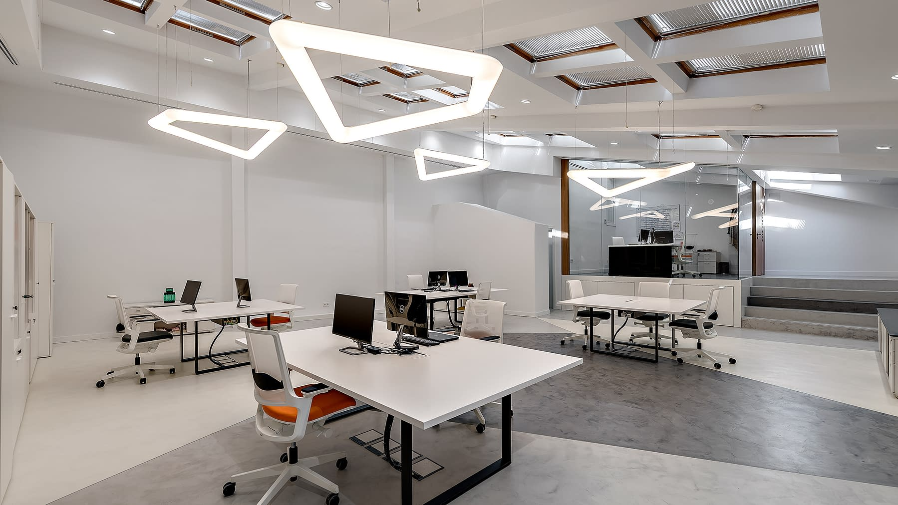 Diseño, reforma e implantación de oficinas para asociación de perfumería en Barrio de Chueca, Madrid (9)