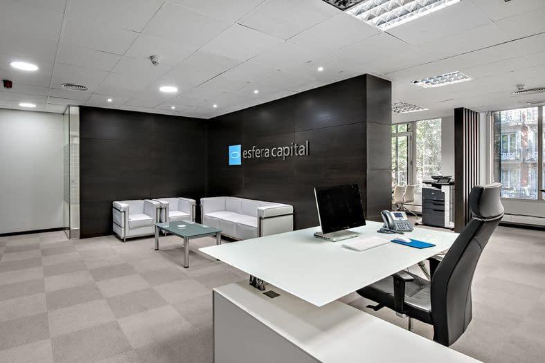 Antana reforma oficinas Esfera recepción