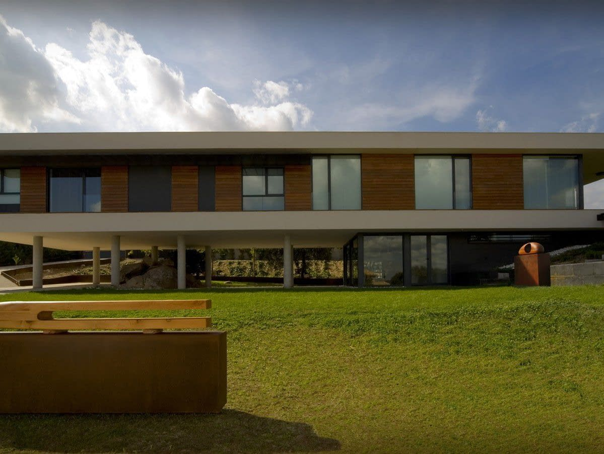 Fachada posterior obra nueva vivienda en Galapagar, Madrid