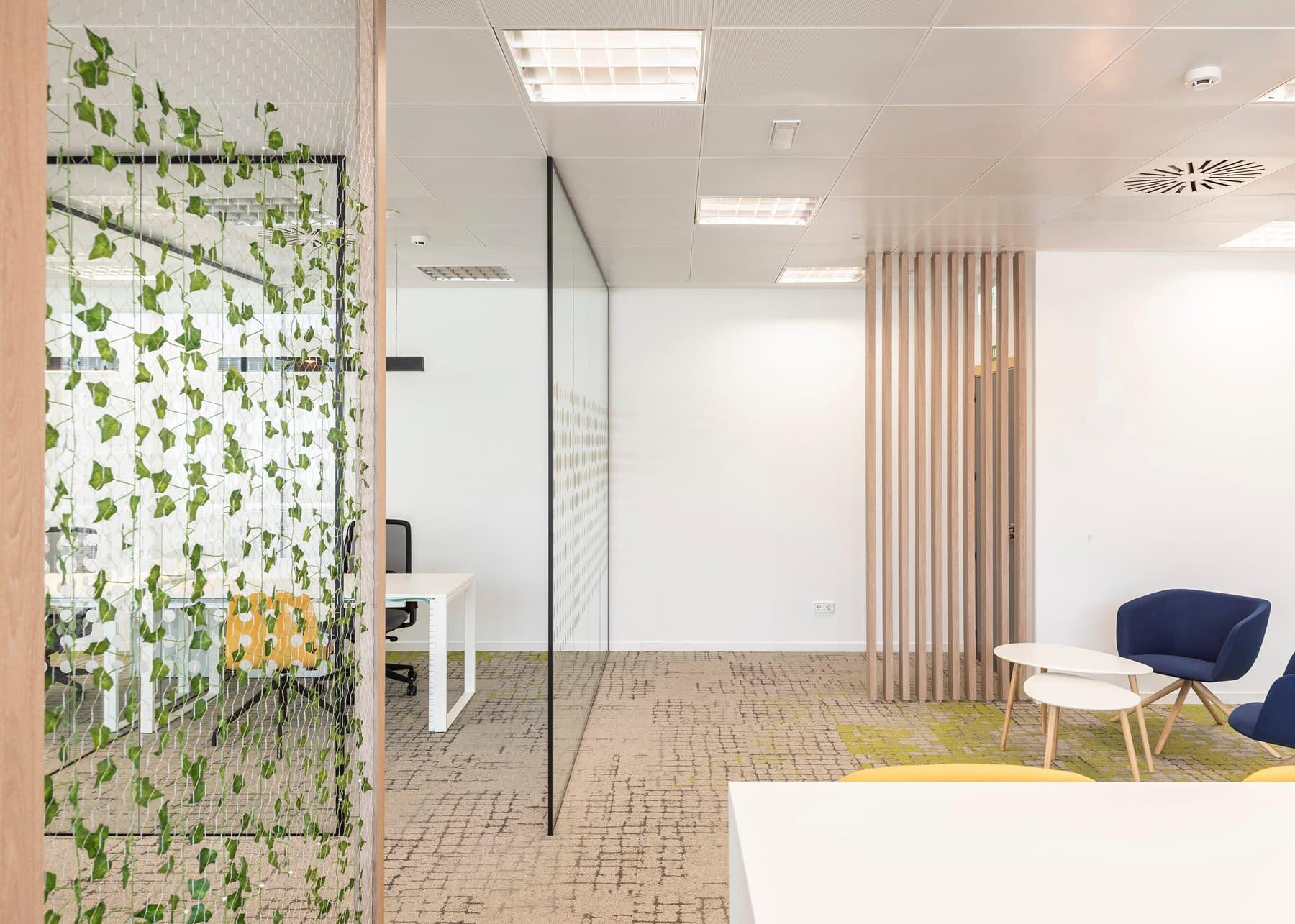 Diseño, reforma e implantación de oficina para empresa de materiales sanitarios en madrid (2)