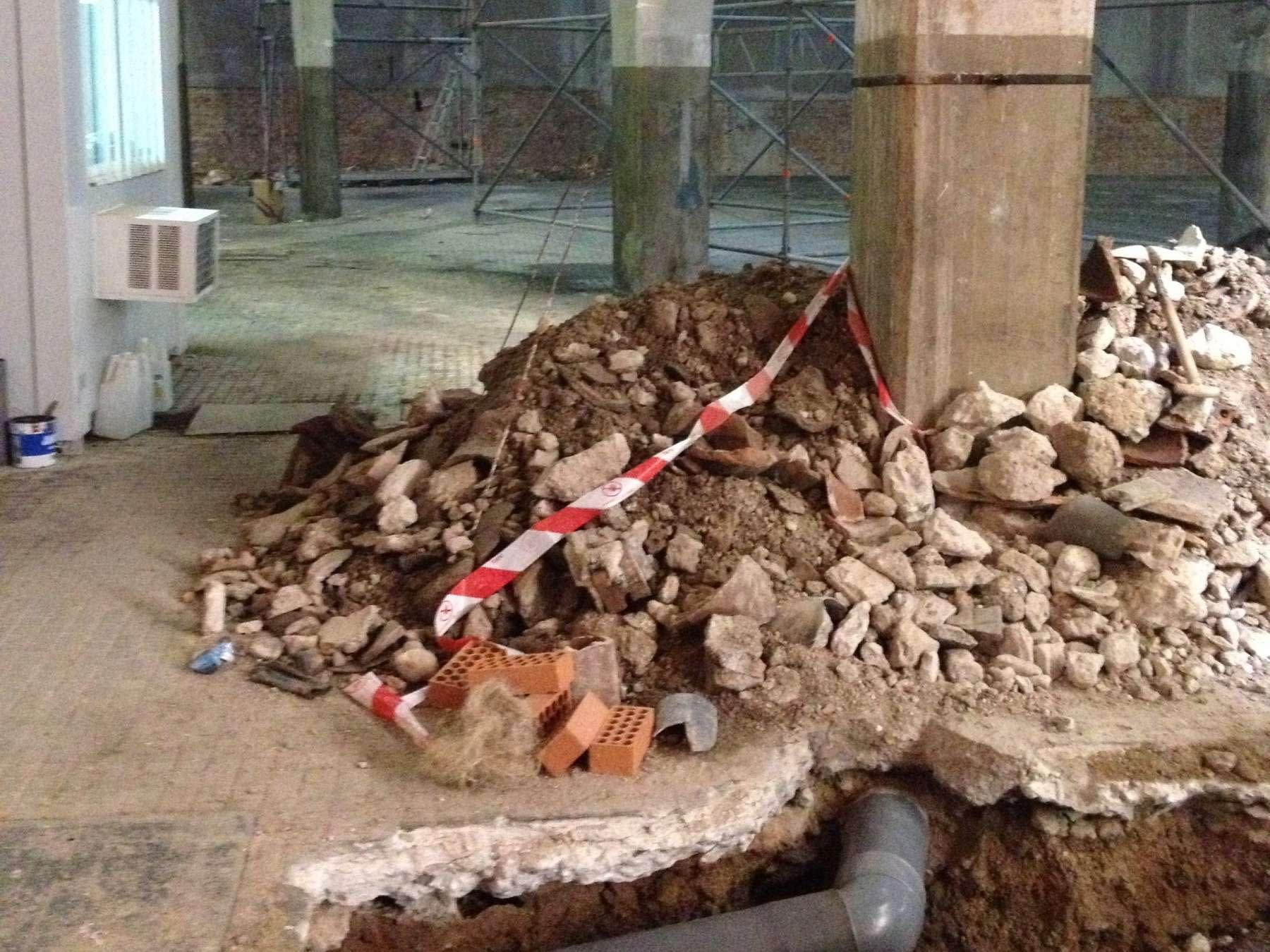 Saneamiento 2 rehabilitación de edificio de uso mixto en Arganzuela, Madrid
