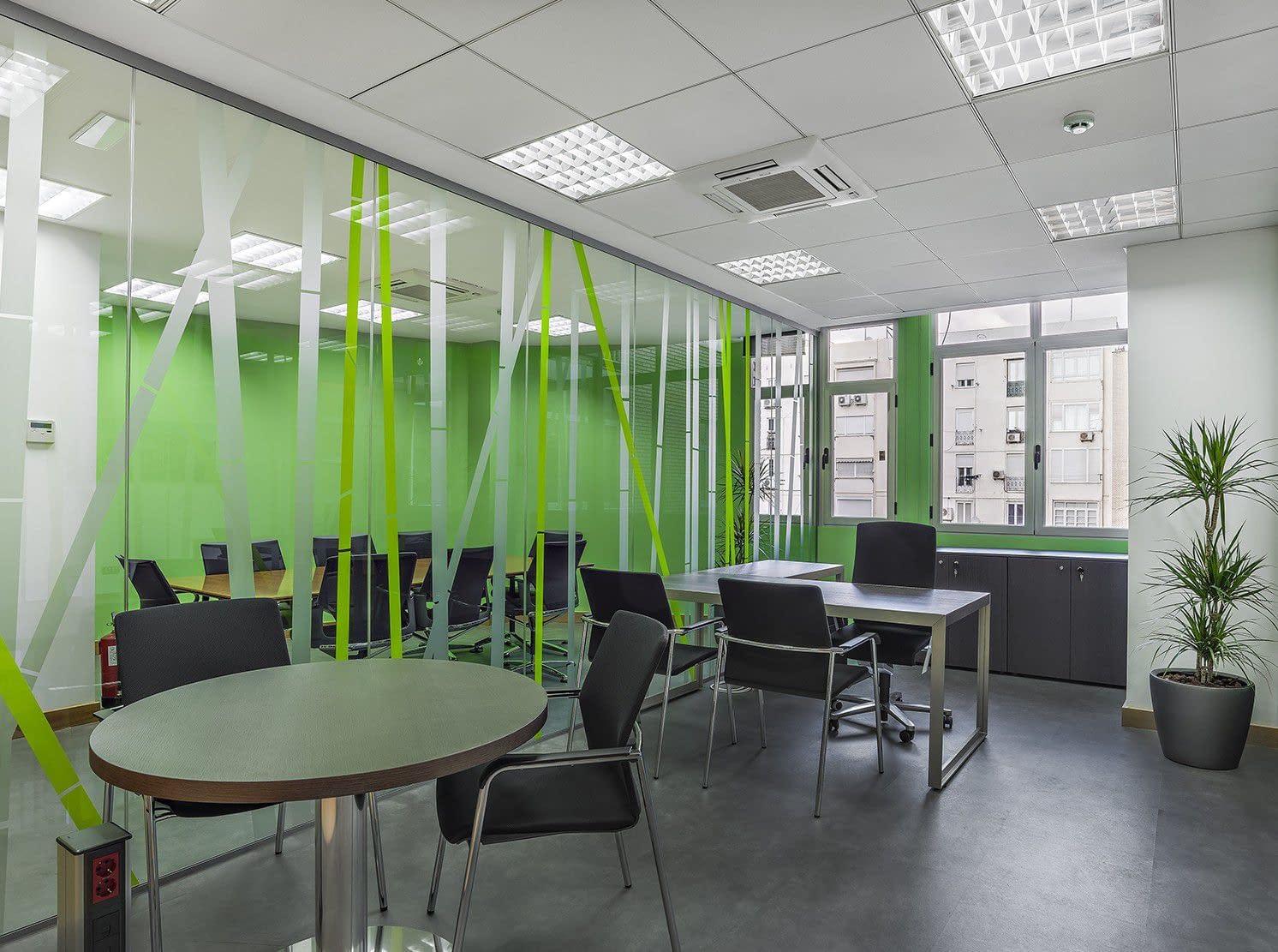 Despacho reforma de oficina de consultoría informática Barrio de Salamanca Madrid