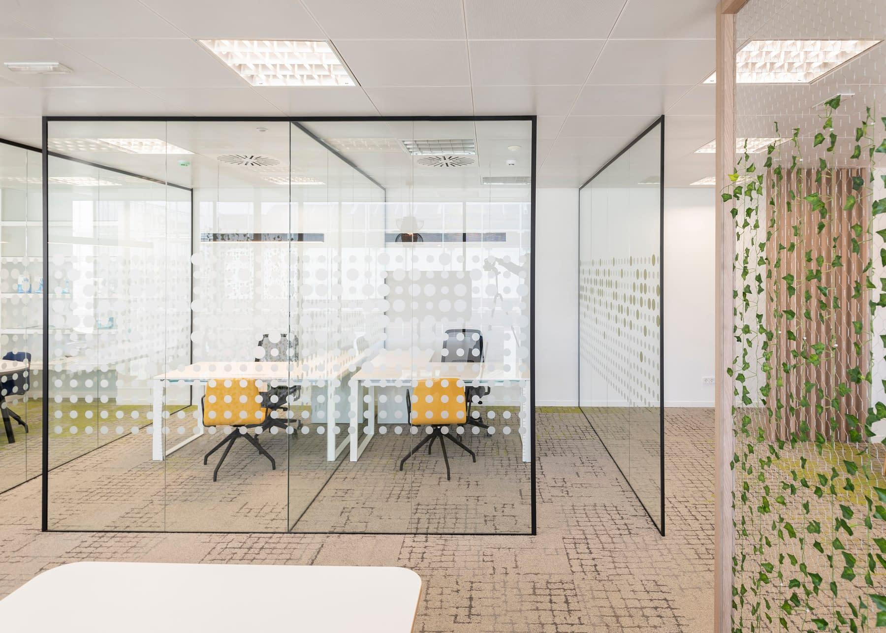 Diseño, reforma e implantación de oficina para empresa de materiales sanitarios en madrid (6)